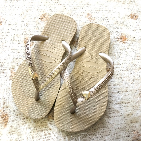 81fdc7076d66 Havaianas Other - Girl s Havaianas Gold Flip Flop Sandals